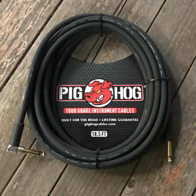"""Pig Hog 18.5 Ft 1/4""""   1/4"""" Right Angle 8 Mm Inst. Cable"""