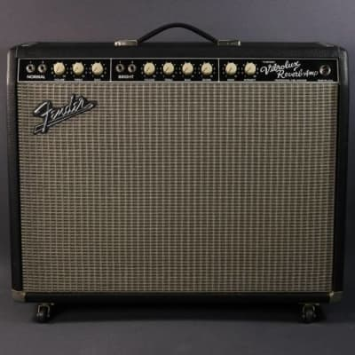 USED Fender Custom Vibrolux Reverb Reissue (397)