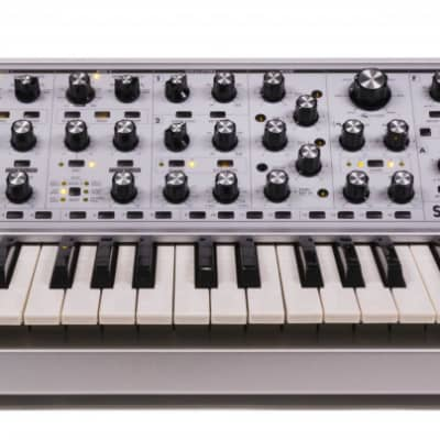 Moog Subsequent 37 Cv- Limited Edition usato