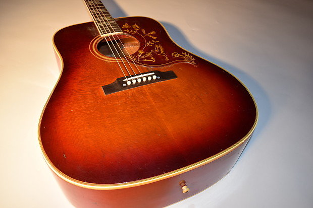 a80962076d Description; Shop Policies. Up for your consideration is this fabulous  Gibson ...