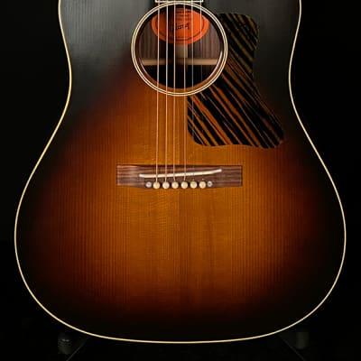 Gibson AJ Advanced Jumbo Sunburst 1989 - 2012