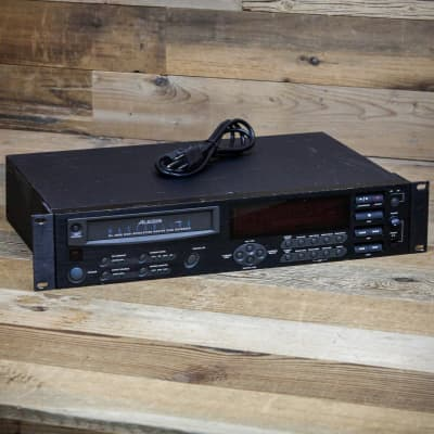Alesis Masterlink ML-9600 w/Rack Ears