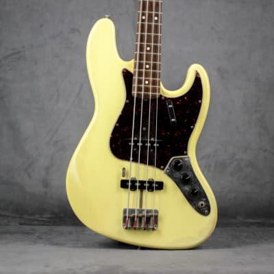 Fender American Vintage Reissue '62 Jazz Bass 1997 vintage white AVRI