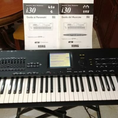 Korg i30HD-tastiera