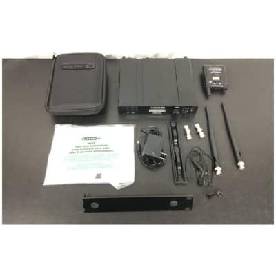 Line 6 XD-V75L Lavalier Wireless Microphone System - Customer Return