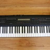 Roland JV-80 Vintage Synthesizer