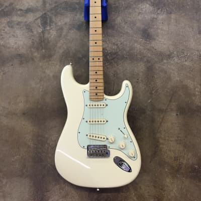 Fender American Special Stratocaster 2015 White for sale