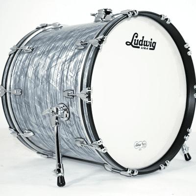 "Ludwig LB882 Classic Maple 18x22"" Bass Drum"