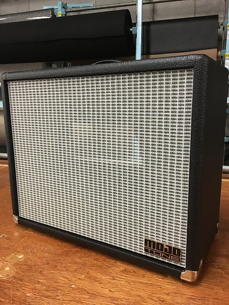 Mojotone Lite 1 x 12 Extension Cabinet in Fender Black with  Black/White/Silver cloth