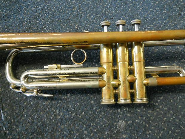 Holton Super Collegiate Bb Trumpet 1963 Silver Rose Brass