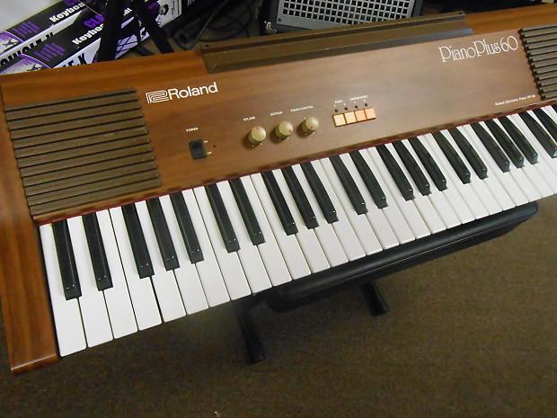 vintage roland hp60 piano plus 60 80 39 s wood grain reverb. Black Bedroom Furniture Sets. Home Design Ideas