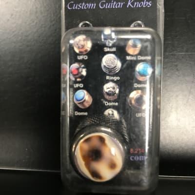 WD Music Q-Parts Dome Knob Leopard/Black Base for sale