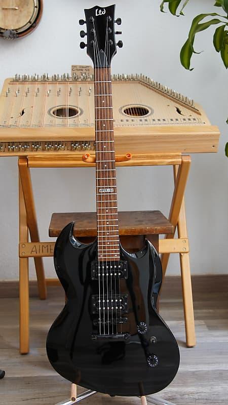 esp ltd viper 50 black 39 05 deneuville guitares reverb. Black Bedroom Furniture Sets. Home Design Ideas