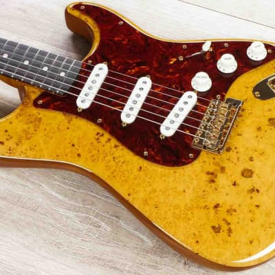 Fender Custom Shop 2019 Artisan Maple Burl Strat NOS Guitar, Aged Natural