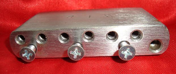 Stahlblock für Mexico Std Strat mit 52,5 mm Stringspacing