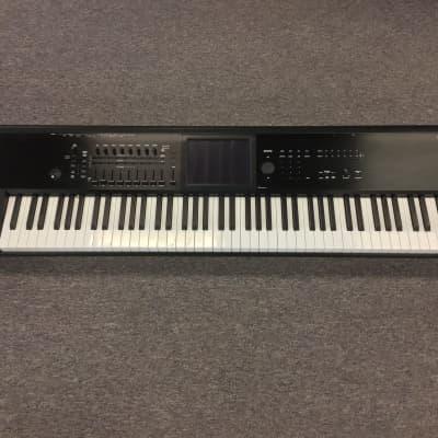 Korg Kronos 2 88 Weighted Key Digital Synthesizer Workstation