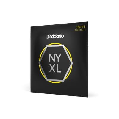 D'Addario NYXL 0946 Nickel Wound, Super Light Top / Regular Bottom, 9-46