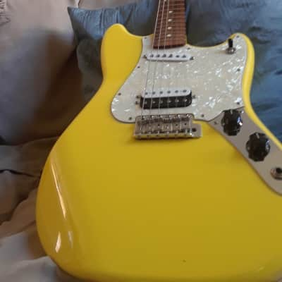 Fender Cyclone 2006 Yellow for sale