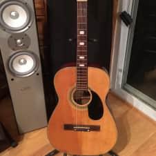 KENT vintage acoustic guitar   mahogany back and sides