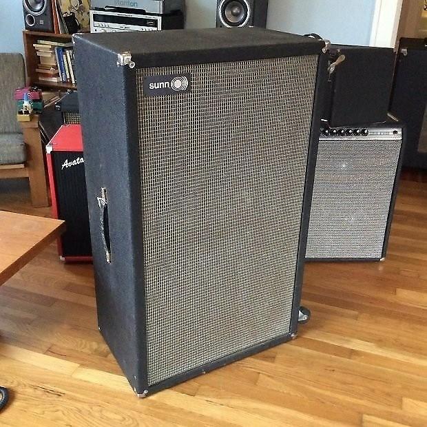 Vintage Sunn O 610 Bass Guitar Speaker Cabinet 1970 6 10