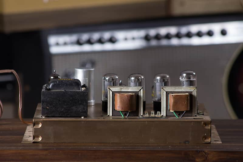 Magnavox 9304 636826-10 Console Stereo Tube Amplifier 6V6