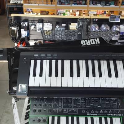Korg RK-100S BK 37-Key Keytar w/ Built-In MMT Digital Synth