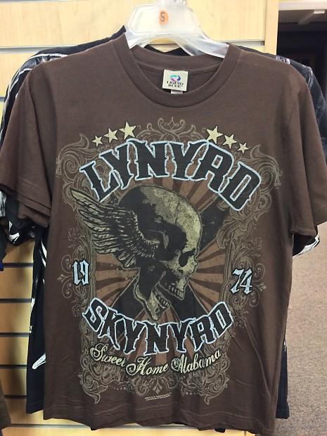 1549adb36d363f Liquid Blue Lynyrd Skynyrd T-shirt Small