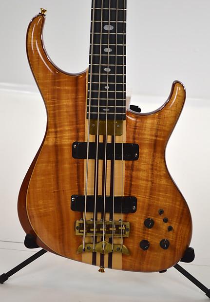 alembic europa v 1995 natural 5 string bass with case reverb. Black Bedroom Furniture Sets. Home Design Ideas