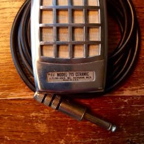 Electro-Voice 715 Ceramic Omnidirectional Dynamic Microphone