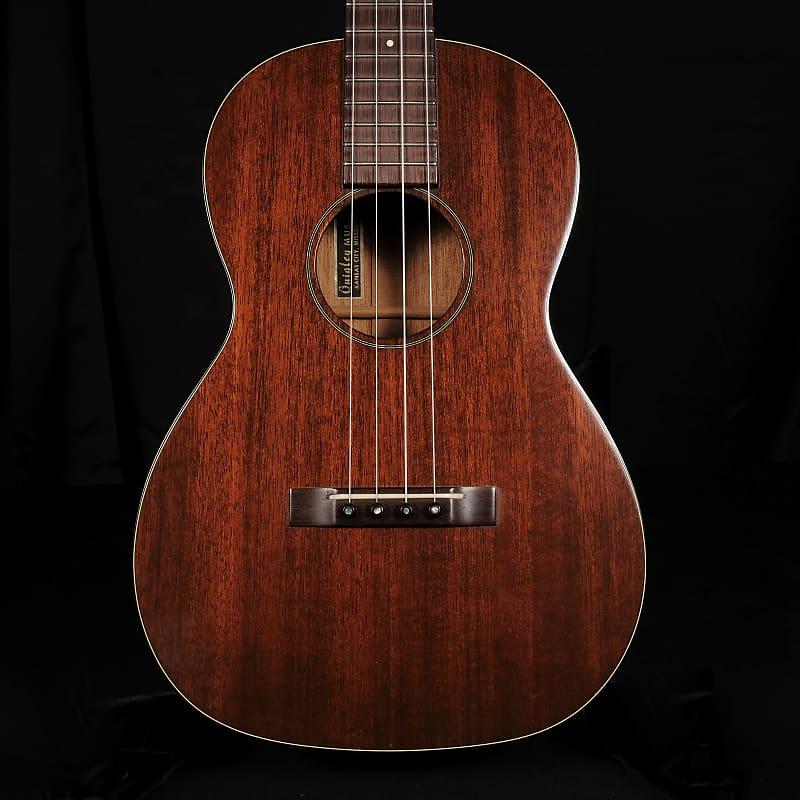 vintage 1960 39 s martin style 51 baritone ukulele with hard reverb. Black Bedroom Furniture Sets. Home Design Ideas