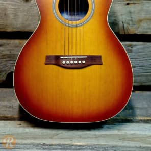 Seagull Entourage Rustic Grand Sunburst