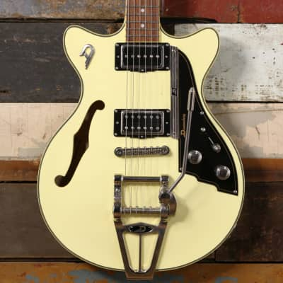Duesenberg Fullerton Starplayer TV Vintage White image