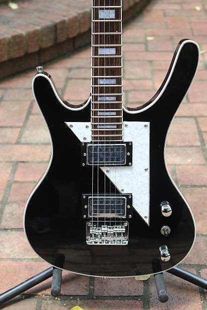 Musicvox Spaceranger Guitar - YouTube