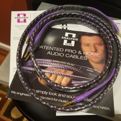 Analysis Plus Solo Crystal Oval 8 Speaker cables 4FT Pair Bananas