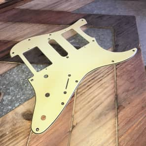Real Life Relics Strat Stratocaster Pickguard 3 ply 11 hole HSH Mint Green Aged