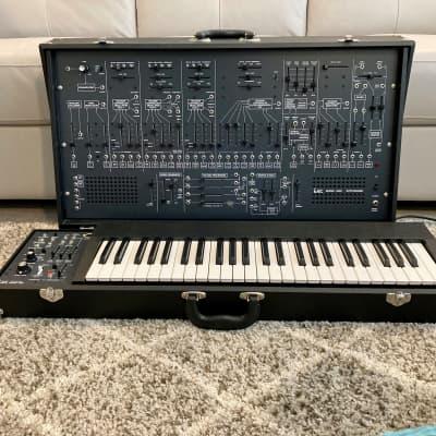 Korg ARP 2600 FS Semi-Modular Synthesizer with ARP 3620 keyboard AND gorgeous wheeled case