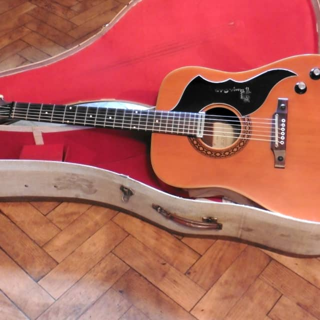 Very Rare Version Eko ('Ranger VI') J54/1 Electro Acoustic c.1965 + Original case image