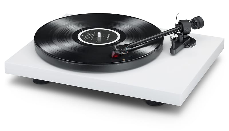 Pro-Ject Debut Carbon DC Turntable | Music Direct