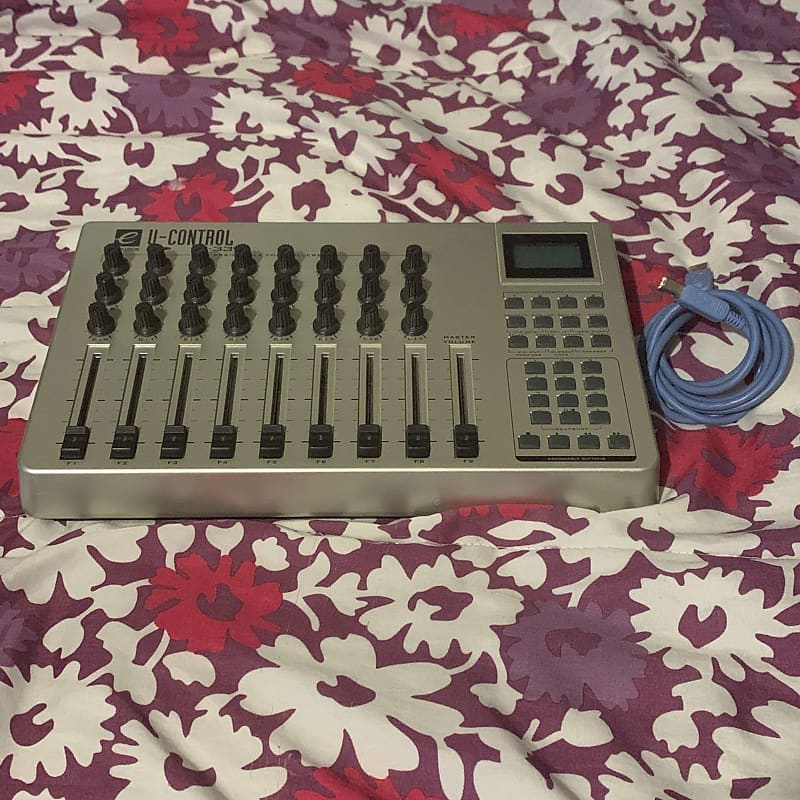 evolution evolution uc 33 usb midi controller 2004 silver reverb. Black Bedroom Furniture Sets. Home Design Ideas