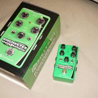 Pigtronix Ringmaster Analog Multiplier Ring Modulator Guitar Effect Pedal with Box Green