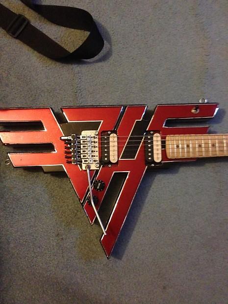 8142d8acef3 van halen logo guitar