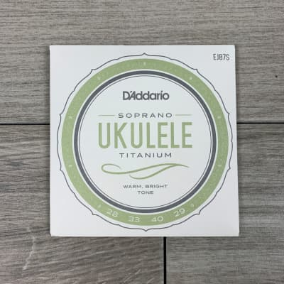 D'Addario EJ87S Pro-Arté Titanium Ukulele Strings, Soprano
