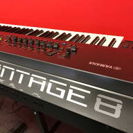 Yamaha MONTAGE 8 nearly new