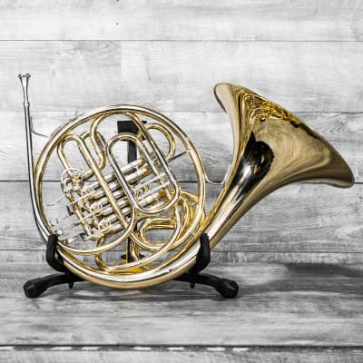 Conn 6D French Horn Outfit
