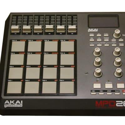 Akai dans Percussion Pad Controllers | Reverb