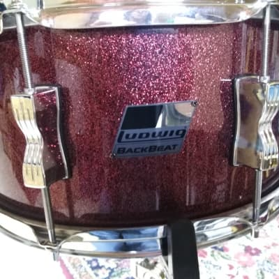 """ludwig Backbeat Snare Drum 6.5"""" X 14""""  2010's Wine Red Sparkle"""