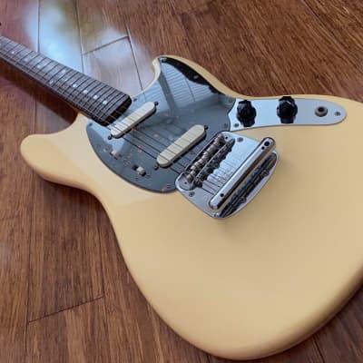 Fender 1969 Reissue Mustang MIJ Yellow White 2007 for sale