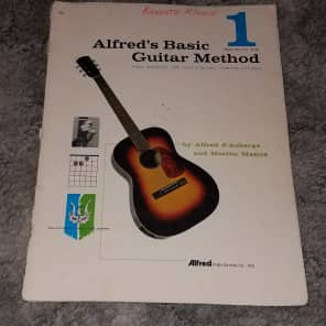 Alfred 00-45304 Alfred's Basic Guitar Method - Book 1 (3rd Edition)