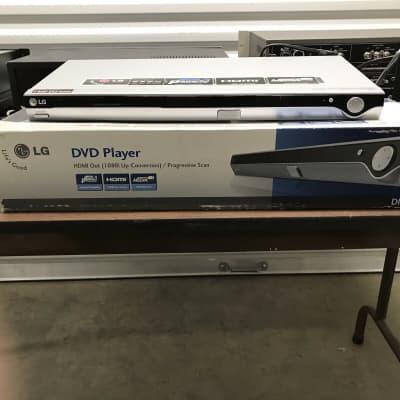 LG DN788 DVD Player HDMI Out / Progressive Scan Silver