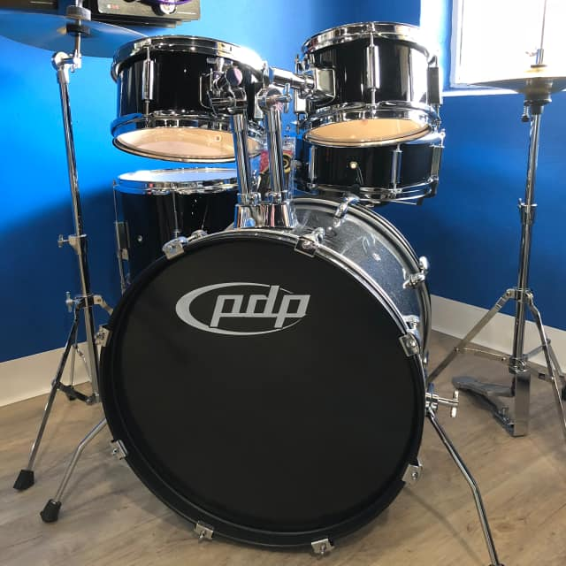 PDP Player kit cymbals and throne image